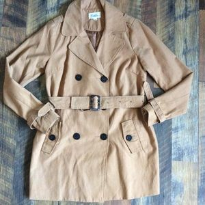 Boutique forever 21 trench coat tan size M
